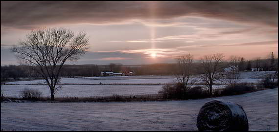 Sun Pillar jpg showing loss due to compression